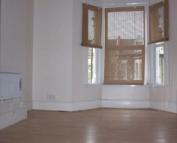Studio apartment to rent in Margery Park Road...