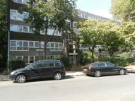 3 bed Flat for sale in Du Maurier House...