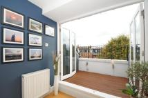 2 bed Flat in Greencroft Gardens...