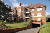 3 bedroom Flat in Broomfield Court...
