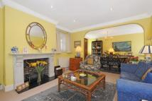 Flat for sale in priory road nw6...