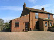 3 bed semi detached home in Barnaby Green, Wangford