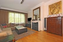3 bed Flat for sale in Clifton Court...