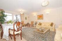 3 bedroom Flat for sale in Walsingham...