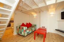 Apartment to rent in Heath Street, Hampstead...