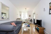 Apartment in Bracknell Gardens...