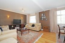 3 bedroom Apartment to rent in Frognal Lane, Hampstead...