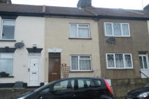 property to rent in Weston Road, Strood