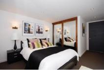 2 bed Apartment in Loudoun Road...