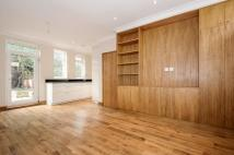 2 bed home in Northwick Close...