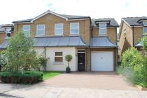 semi detached house to rent in Seething Wells Lane...