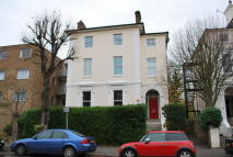 Apartment to rent in Grove Road, Surbiton, KT6