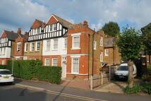 1 bedroom Apartment in Cranes Park, Surbiton...