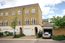 End of Terrace home to rent in Chadwick Place, Surbiton...