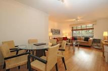 Apartment in Cameret Court...