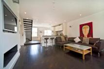 Apartment to rent in St. Petersburgh Pl, W2