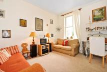 2 bedroom Apartment to rent in Clanricarde Gardens, W2