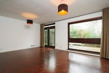 Terraced home to rent in Jacksons Lane, Highgate