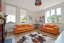 2 bedroom Apartment to rent in Langdon Park Road, London
