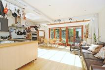 3 bed Terraced house to rent in London, Highgate