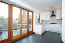 4 bed Apartment to rent in Wolseley Road, London