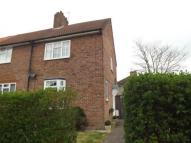2 bed house in Launcelot Road, Bromley