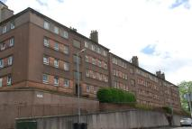 Flat to rent in Dempster Street...