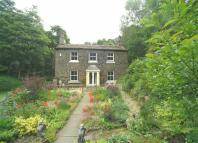 4 bedroom Detached property in Luddenden