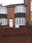 3 bed Flat to rent in Highcliffe Gardens...