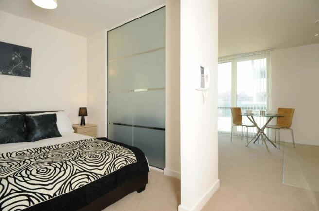 Studio Apartment Manchester studio apartment to rent in spectrum, block 9, blackfriars road