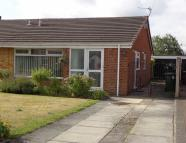 2 bed Semi-Detached Bungalow in West Meade, Maghull...