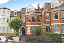 2 bed Detached house in Cromwell Avenue, Highgate