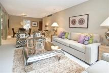 3 bed Flat to rent in Parkwood Point...