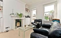 2 bedroom Flat to rent in Goldhurst Terrace...