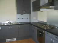 2 bed Flat to rent in Chestnut Court...