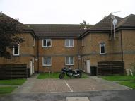 1 bedroom Flat in Walcheren Close, Deal...