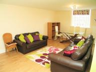 Apartment in Osterley Views, Hanwell...