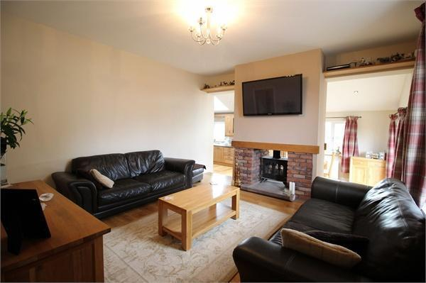 Living Area (a)
