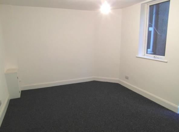 Flat 1A - Living Are