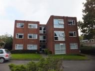 Flat in 33 Station Road...
