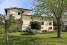 Spoleto Farm House for sale
