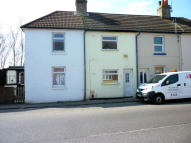 2 bedroom Terraced home in Cheriton High Street...