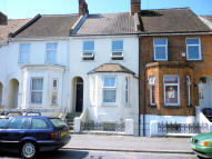 4 bed Terraced property to rent in Canterbury Road...
