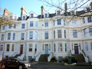 Apartment to rent in Castle Hill Avenue...