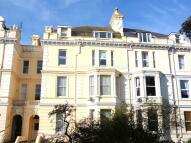 2 bedroom Flat in Castle Hill Avenue...