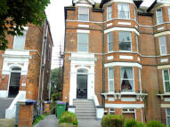 Apartment to rent in Earls Avenue, Folkestone...