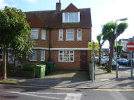 Ground Flat in Morehall Avenue...
