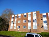 2 bedroom Apartment to rent in Holywell Avenue...