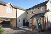 2 bed property in Sanderling Close...