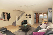 3 bed home in Henry Doulton Drive...